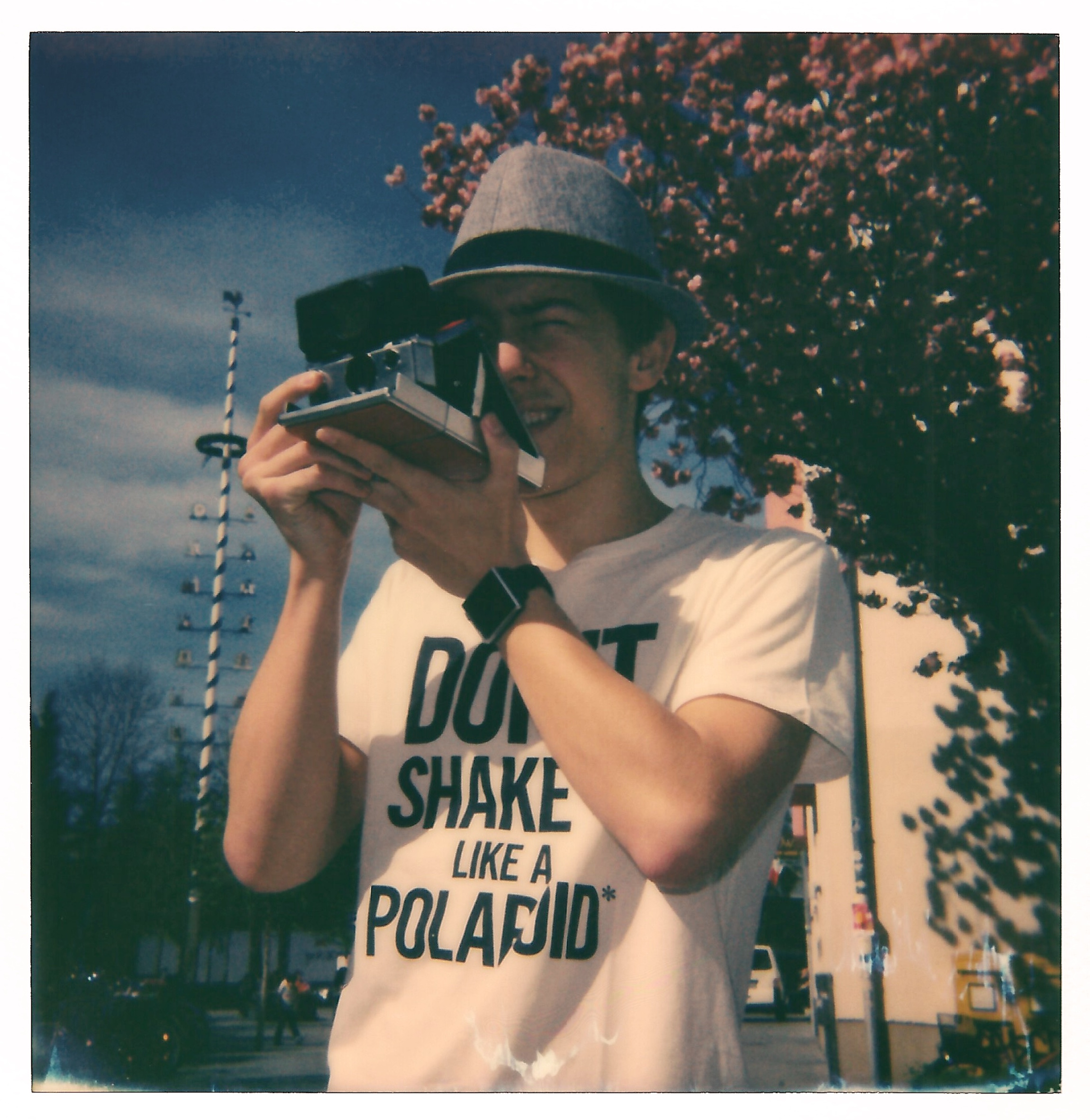 Don't Shake It Like A Polaroid!